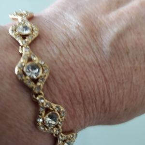 NEW ☆ Macy's Bracelet  ~ Brand NEW!